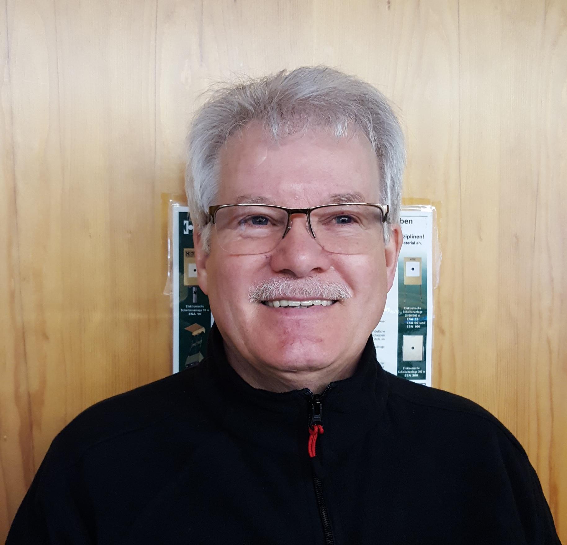 Herbert Rieke : Stellvertretender Abteilungsleiter
